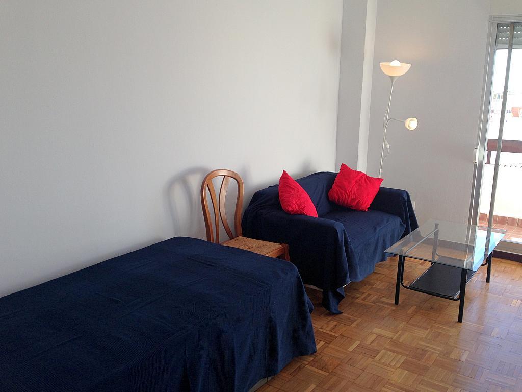 Dormitorio - Estudio en alquiler en calle Salado, Triana en Sevilla - 184336881