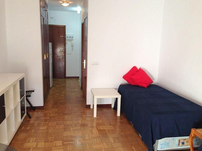 Dormitorio - Estudio en alquiler en calle Salado, Triana en Sevilla - 184336885