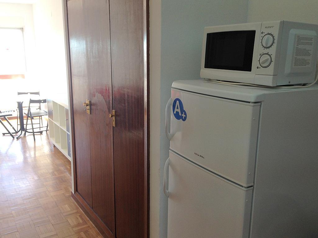 Cocina - Estudio en alquiler en calle Salado, Triana en Sevilla - 184336903