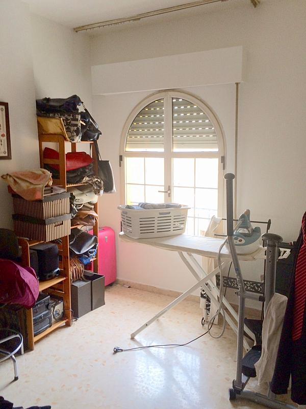 Dormitorio - Piso en alquiler en calle Cueva de la Pileta, Este - Alcosa - Torreblanca en Sevilla - 185337286