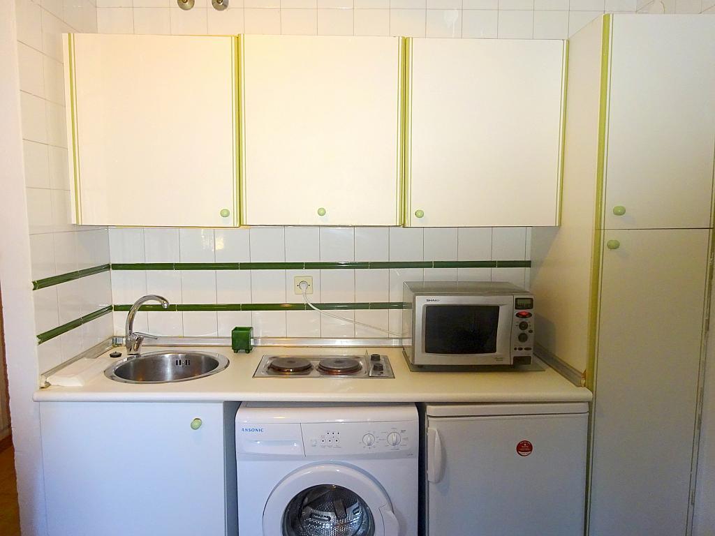 Cocina - Estudio en alquiler en calle Cardenal Ilundain, El Porvenir en Sevilla - 185340837