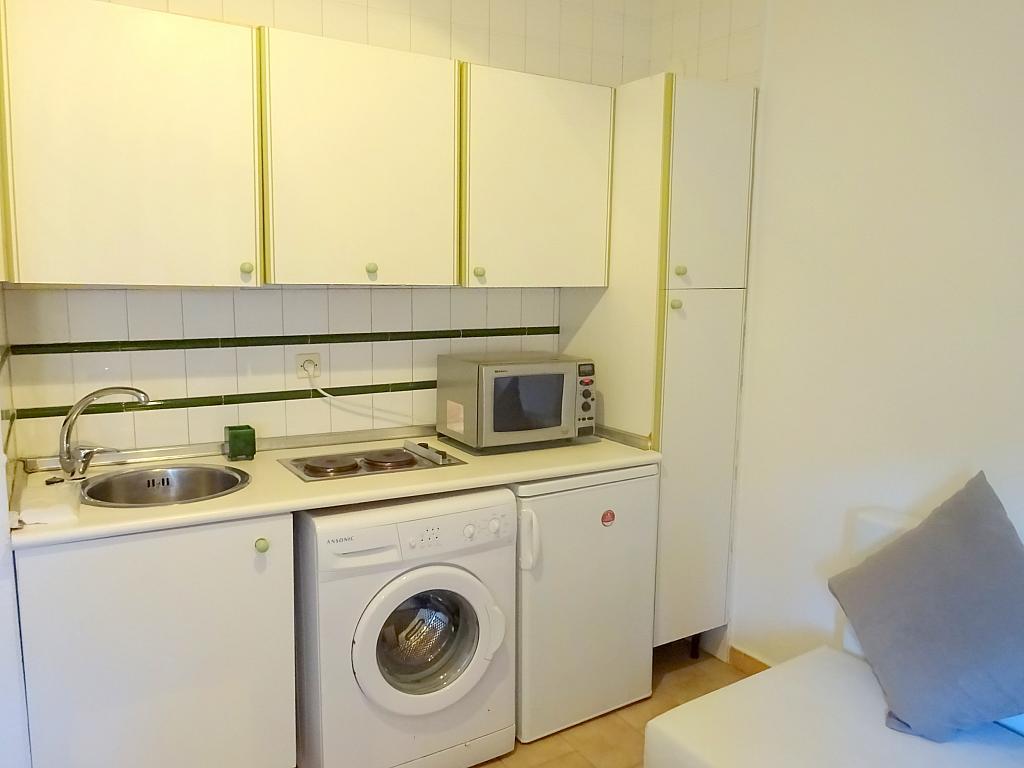 Cocina - Estudio en alquiler en calle Cardenal Ilundain, El Porvenir en Sevilla - 185340855