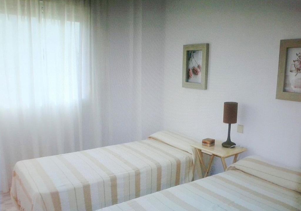 Dormitorio - Piso en alquiler en calle Luz, Este - Alcosa - Torreblanca en Sevilla - 187458109