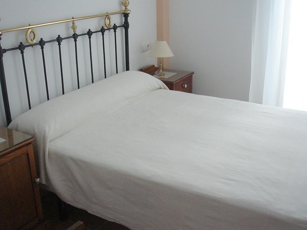 Dormitorio - Apartamento en alquiler en calle Goles, Casco Antiguo en Sevilla - 191939398