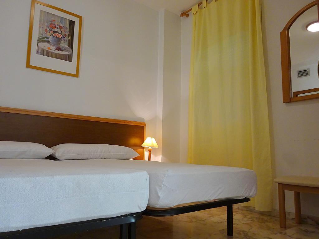 Dormitorio - Apartamento en alquiler en calle Alcalde Luis Uruñuela, Este - Alcosa - Torreblanca en Sevilla - 194795843