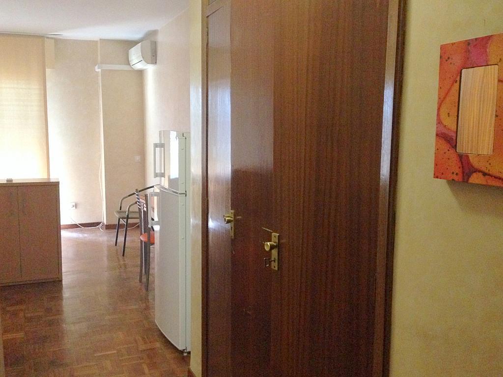 Pasillo - Estudio en alquiler en calle Salado, Triana en Sevilla - 194831154