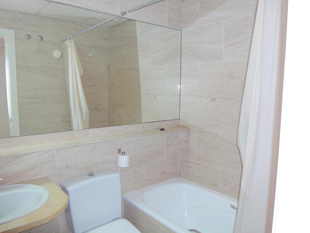 Baño - Apartamento en alquiler en calle Alcalde Luis Uruñuela, Este - Alcosa - Torreblanca en Sevilla - 195670948