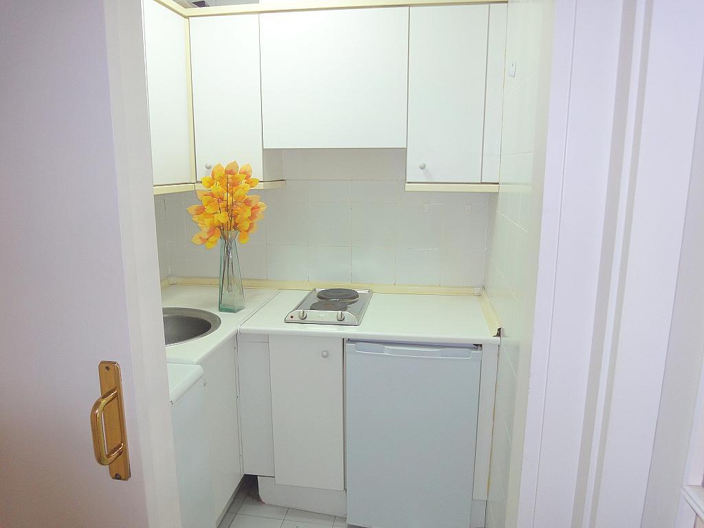 Cocina - Apartamento en alquiler en calle Alcalde Luis Uruñuela, Este - Alcosa - Torreblanca en Sevilla - 195671203