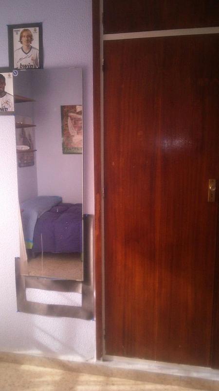Piso en alquiler en calle Ramon y Cajal, Nervión en Sevilla - 197658564