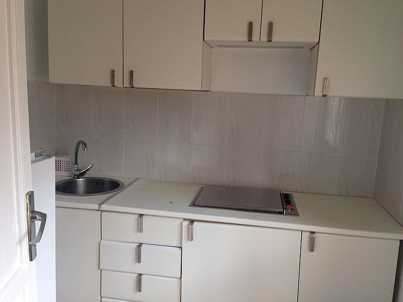Cocina - Apartamento en alquiler en calle Luis Montoto, Nervión en Sevilla - 198240231