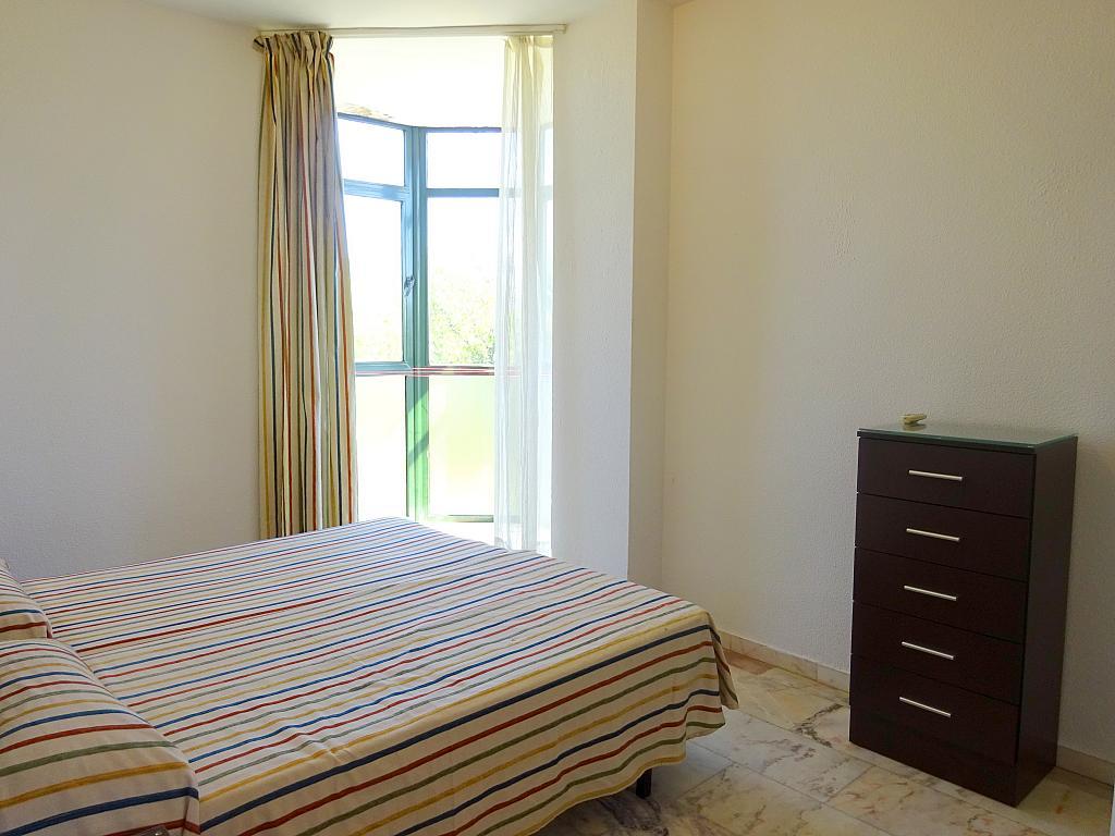 Dormitorio - Apartamento en alquiler en calle Alcalde Luis Uruñuela, Este - Alcosa - Torreblanca en Sevilla - 200919856