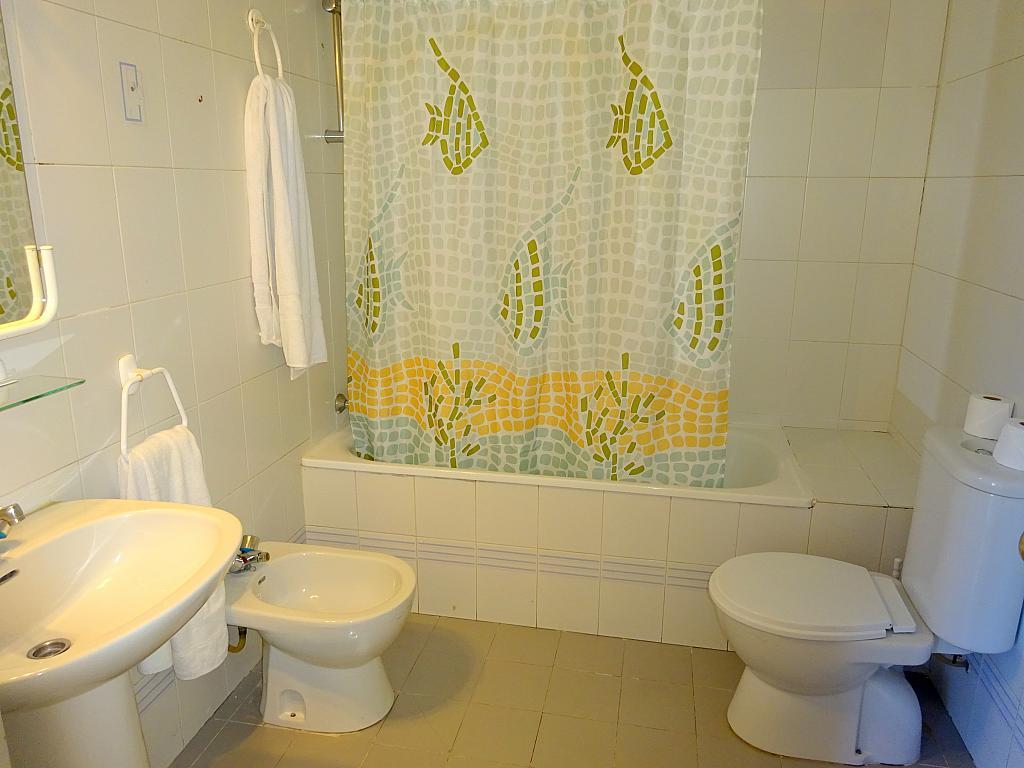 Baño - Apartamento en alquiler en calle Alcalde Luis Uruñuela, Este - Alcosa - Torreblanca en Sevilla - 200919930