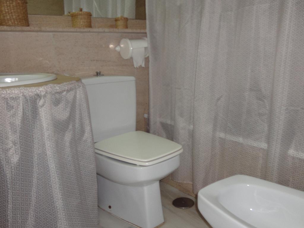 Baño - Apartamento en alquiler en calle Alcalde Luis Uruñuela, Entrepuentes en Sevilla - 201905266