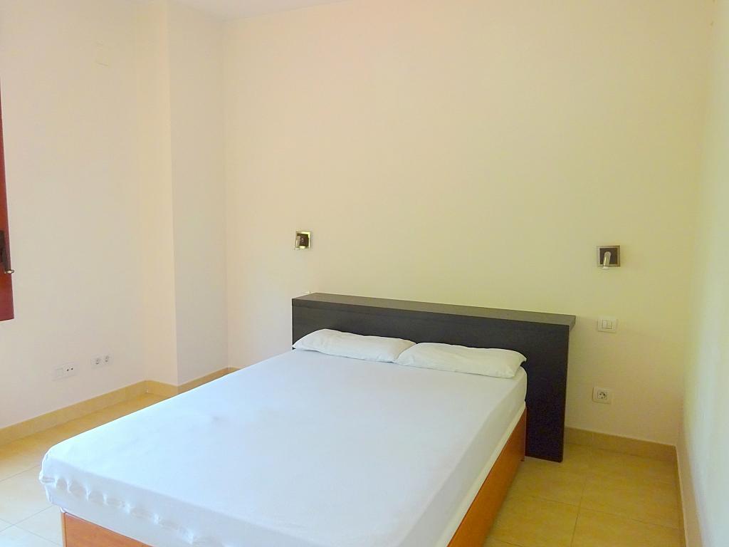 Dormitorio - Piso en alquiler en calle Avenida de Jerez, Pedro Salvador en Sevilla - 203135844