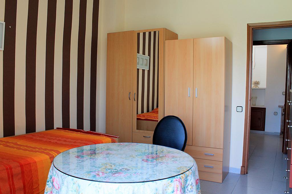 Dormitorio - Piso en alquiler en calle Pureza, Triana Casco Antiguo en Sevilla - 205492801