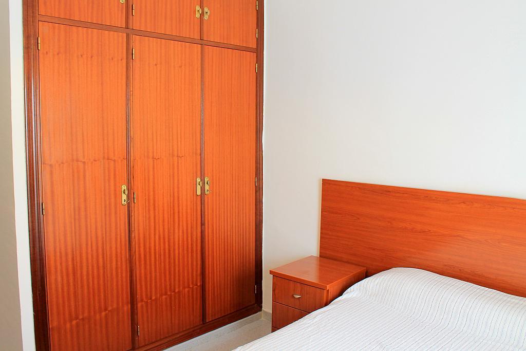 Dormitorio - Piso en alquiler en calle Pureza, Triana Casco Antiguo en Sevilla - 205493060