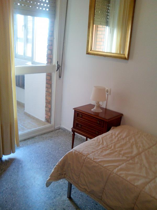 Dormitorio - Piso en alquiler en calle Rastro, San Bernardo en Sevilla - 205705075