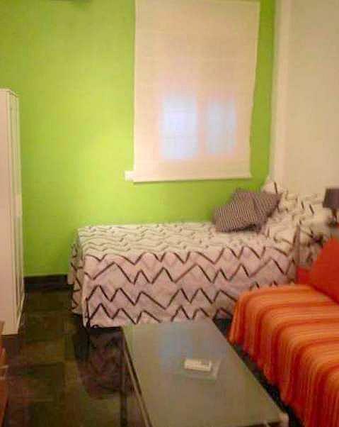 Dormitorio - Estudio en alquiler en calle Telémaco, Av. Ciencias-Emilio Lemos en Sevilla - 205710154