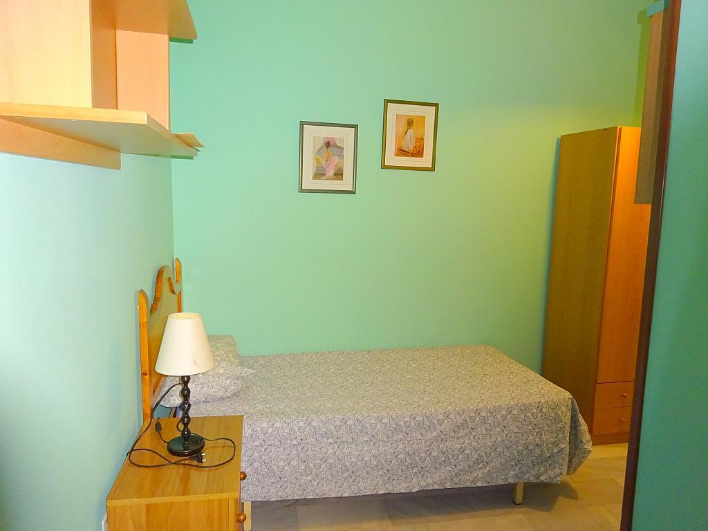 Dormitorio - Piso en alquiler en calle San Bernardo, San Bernardo en Sevilla - 206667358