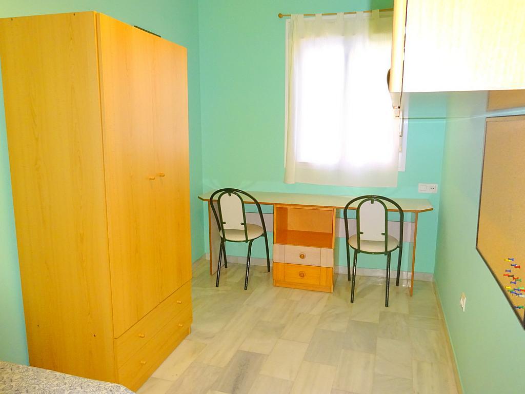 Dormitorio - Piso en alquiler en calle San Bernardo, San Bernardo en Sevilla - 206667381