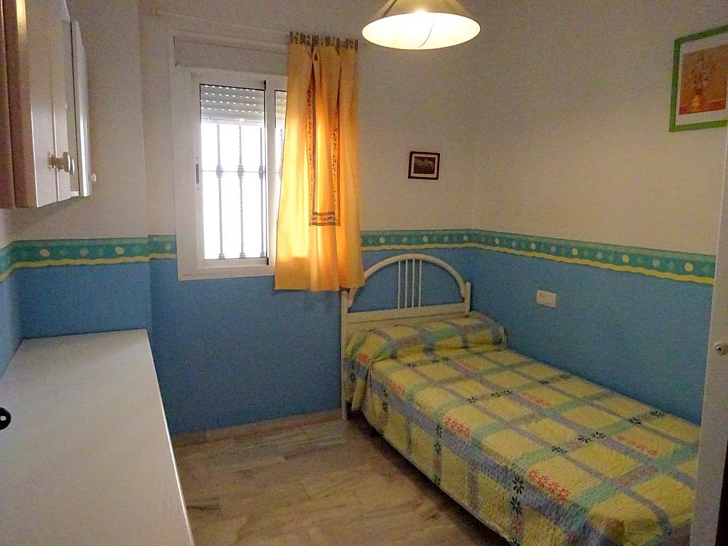 Dormitorio - Piso en alquiler en calle San Bernardo, San Bernardo en Sevilla - 206667552