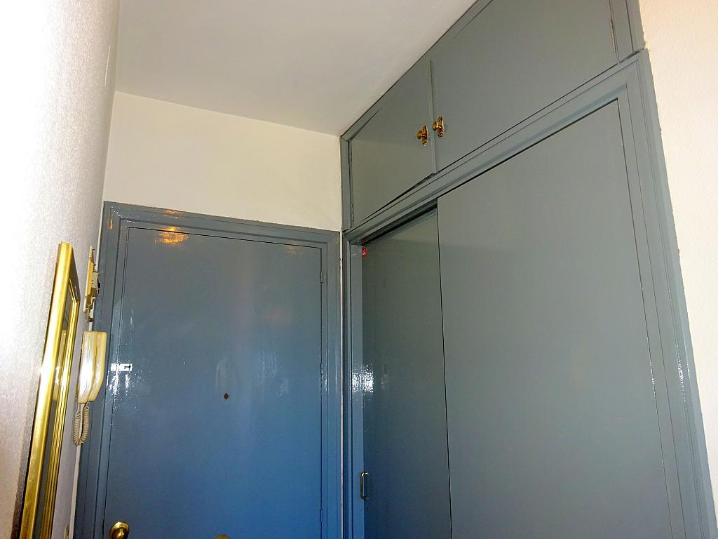 Pasillo - Estudio en alquiler en calle Alcalde Luis Uruñuela, Entrepuentes en Sevilla - 212389625