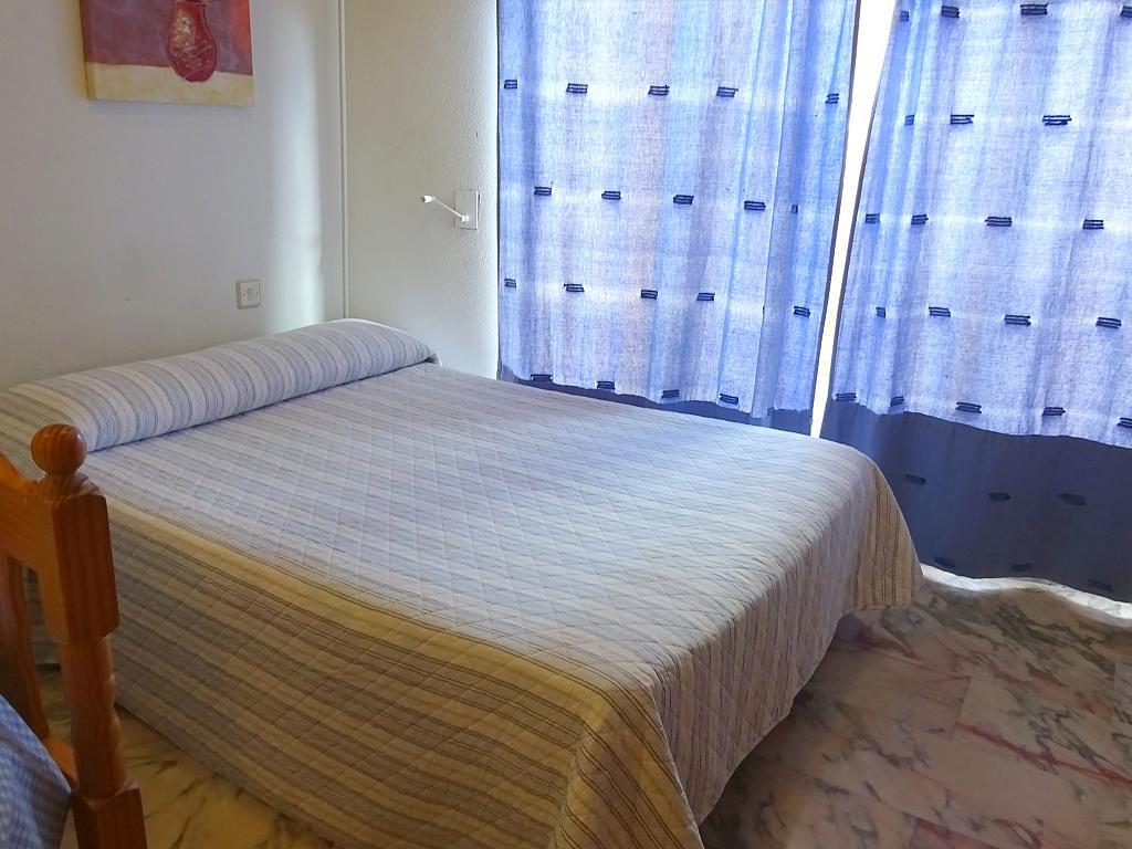 Estudio en alquiler en calle Alcalde Luis Uruñuela, Entrepuentes en Sevilla - 215387977