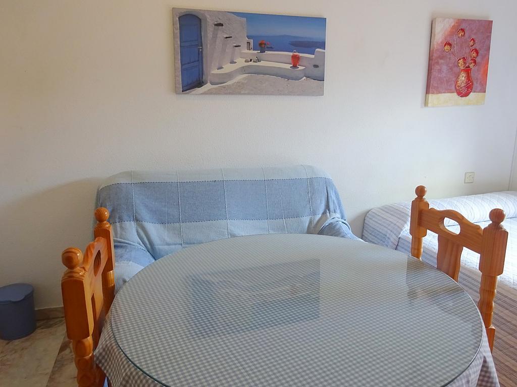 Estudio en alquiler en calle Alcalde Luis Uruñuela, Entrepuentes en Sevilla - 215387989