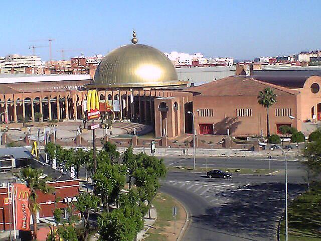 Piso en alquiler en calle Alcalde Luis Uruñuela, Entrepuentes en Sevilla - 222368211