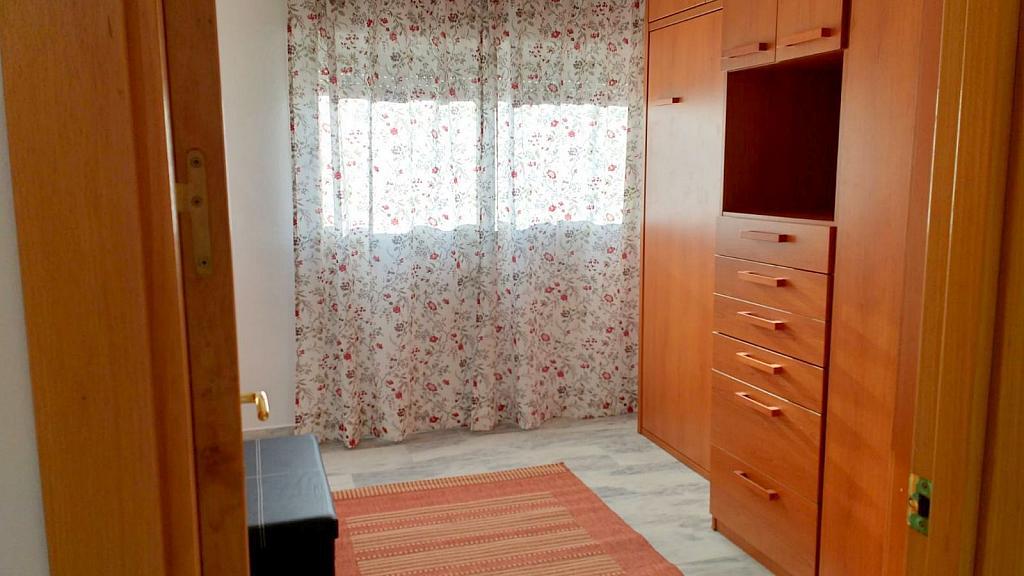 Dormitorio - Piso en alquiler en calle Ciencias, Av. Ciencias-Emilio Lemos en Sevilla - 232173127
