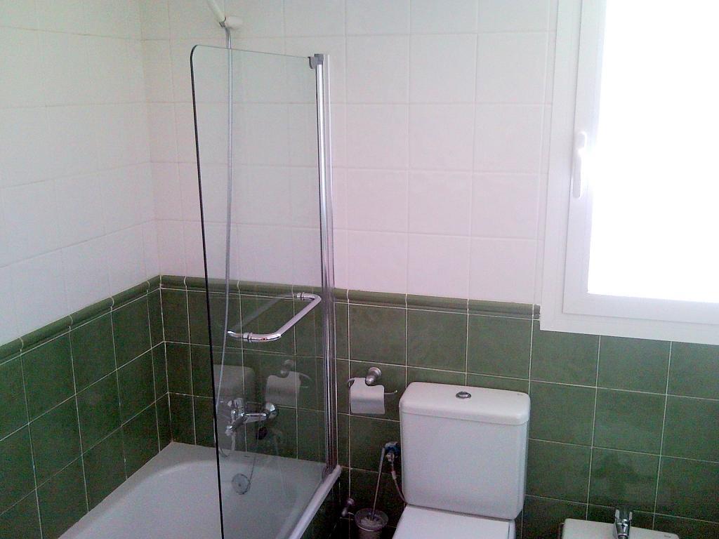 Baño - Casa pareada en alquiler en calle Atenea, Av. Ciencias-Emilio Lemos en Sevilla - 239793234