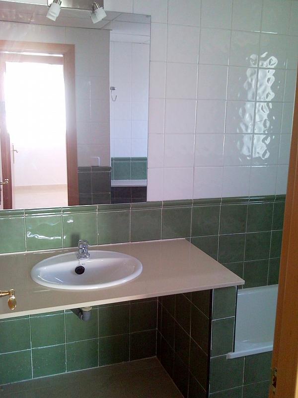 Baño - Casa pareada en alquiler en calle Atenea, Av. Ciencias-Emilio Lemos en Sevilla - 239793238