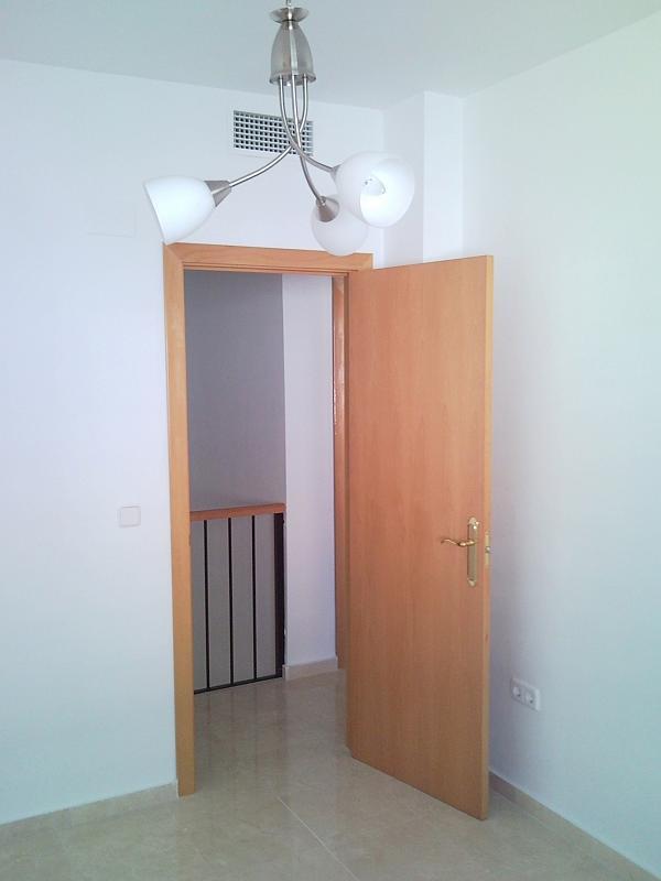 Dormitorio - Casa pareada en alquiler en calle Atenea, Av. Ciencias-Emilio Lemos en Sevilla - 239793240