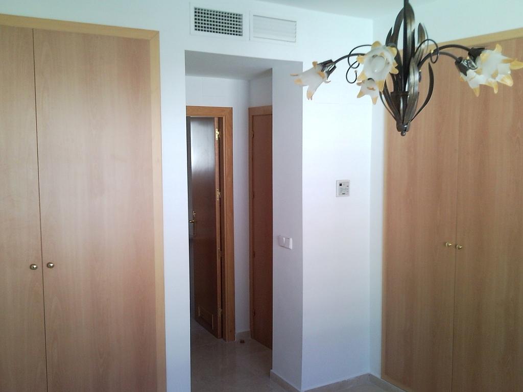 Dormitorio - Casa pareada en alquiler en calle Atenea, Av. Ciencias-Emilio Lemos en Sevilla - 239793254