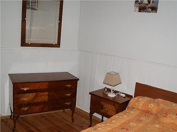 Casa adosada en alquiler en Valdés - 319045686