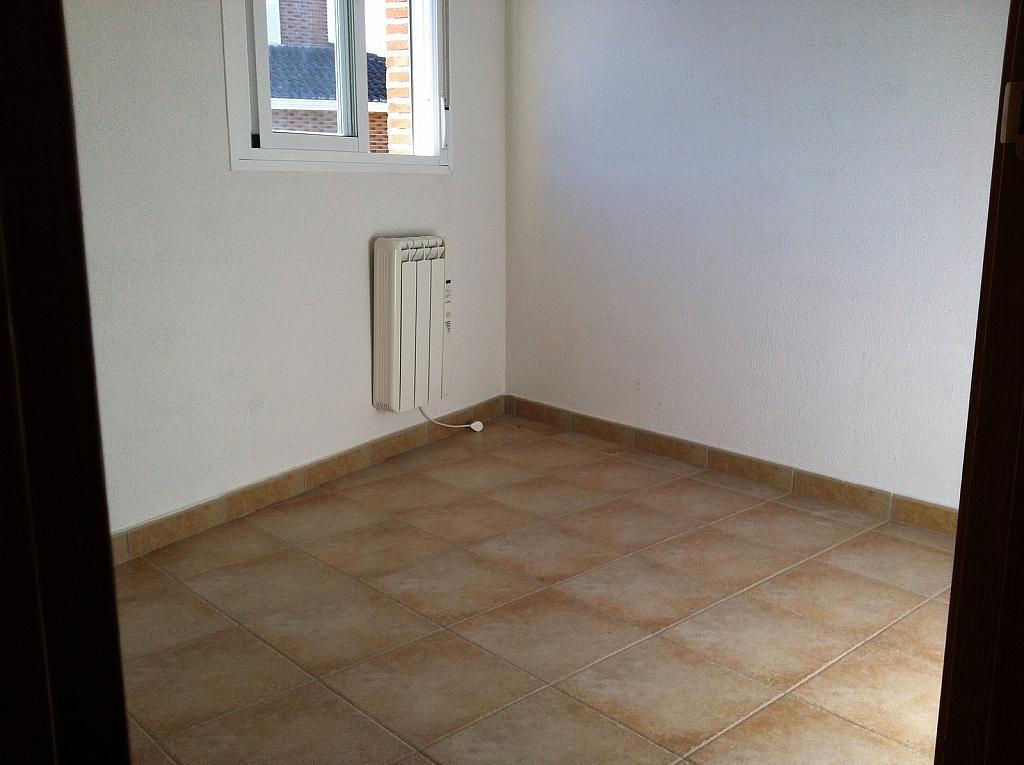 Dúplex en alquiler en calle Santa Barbara, Carabaña - 226903939
