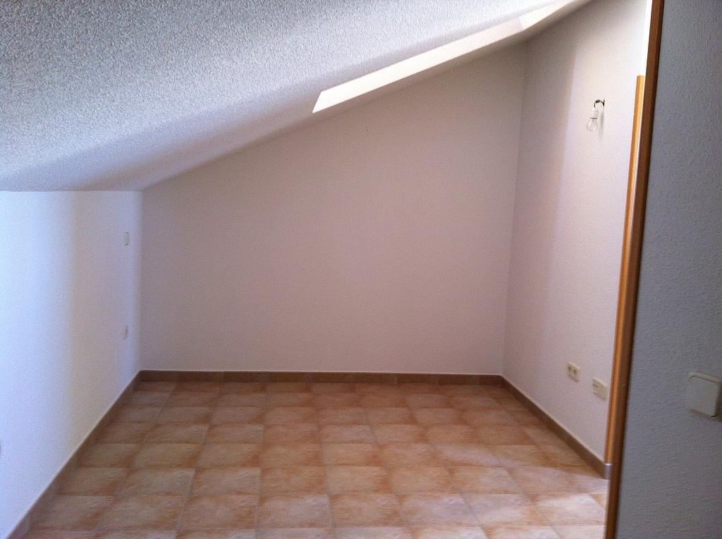 Dúplex en alquiler en calle Santa Barbara, Carabaña - 226905243