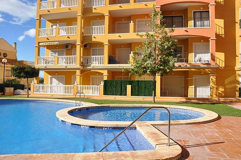 Piso en alquiler en calle Perseo, Nueva Torrevieja - Aguas Nuevas en Torrevieja - 325255203