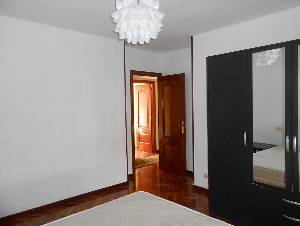 Foto - Piso en alquiler en calle San Vicente, Os Mallos-San Cristóbal en Coruña (A) - 319073864