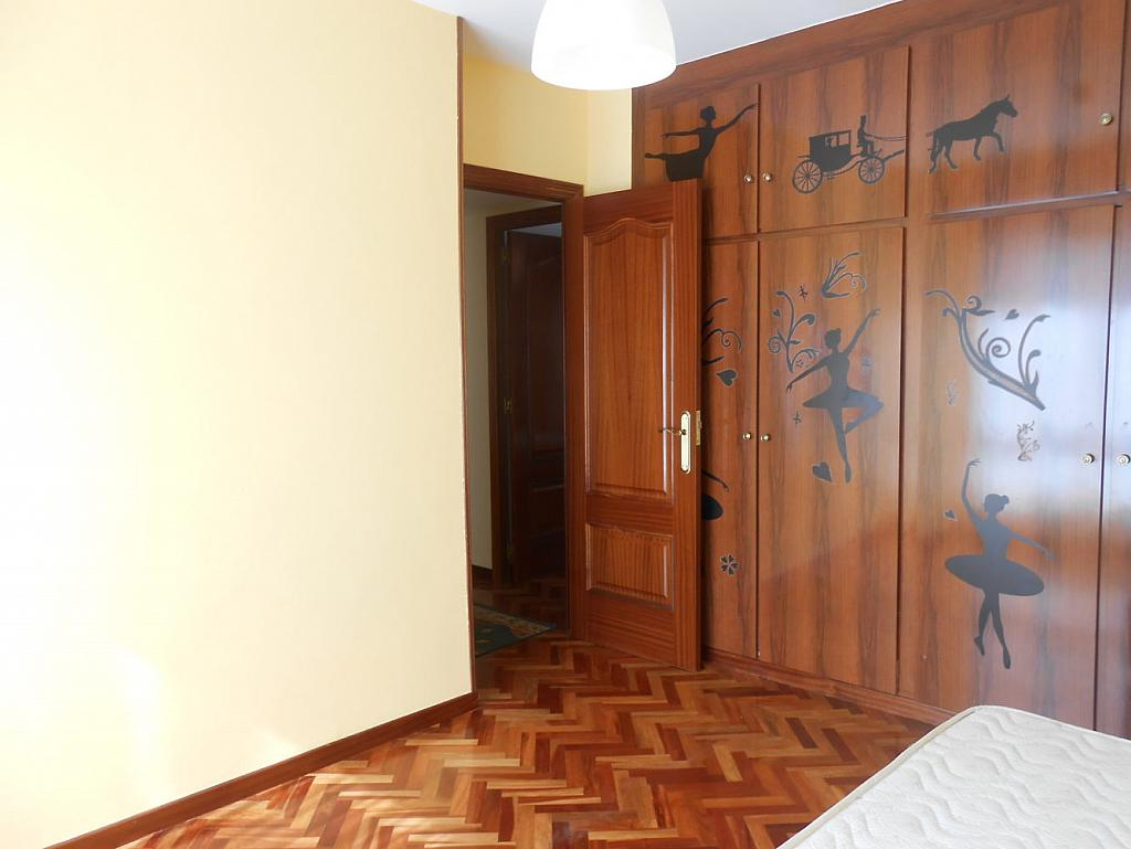 Foto - Piso en alquiler en calle San Vicente, Os Mallos-San Cristóbal en Coruña (A) - 319073870