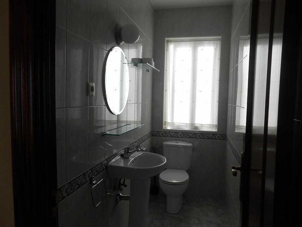 Foto - Piso en alquiler en calle San Vicente, Os Mallos-San Cristóbal en Coruña (A) - 319073885