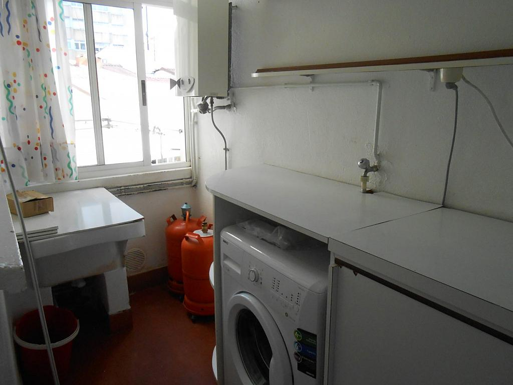 Foto - Piso en alquiler en calle San Vicente, Os Mallos-San Cristóbal en Coruña (A) - 319073894
