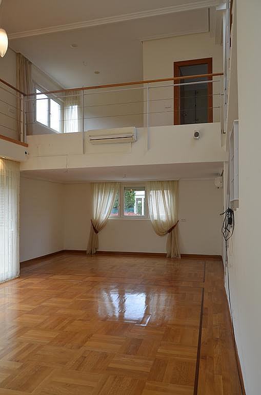 Salón - Casa en alquiler en calle Aldabarren, Gorraiz - 253537549