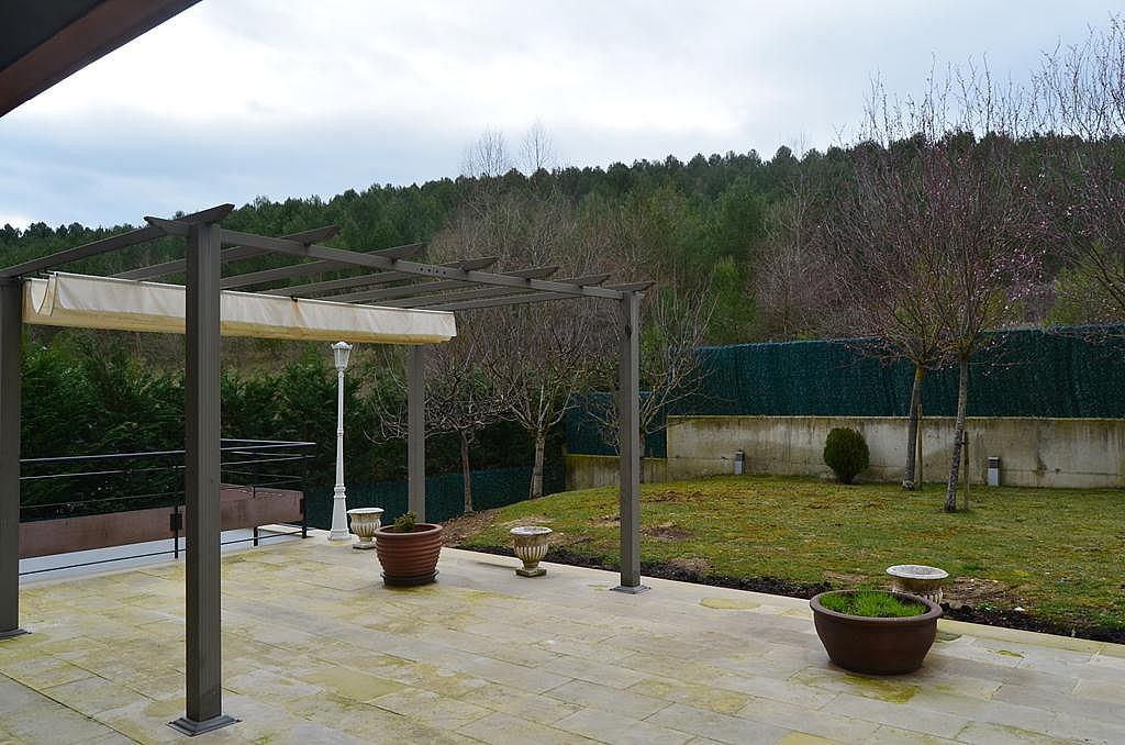 Terraza - Casa en alquiler en calle Aldabarren, Gorraiz - 253537553