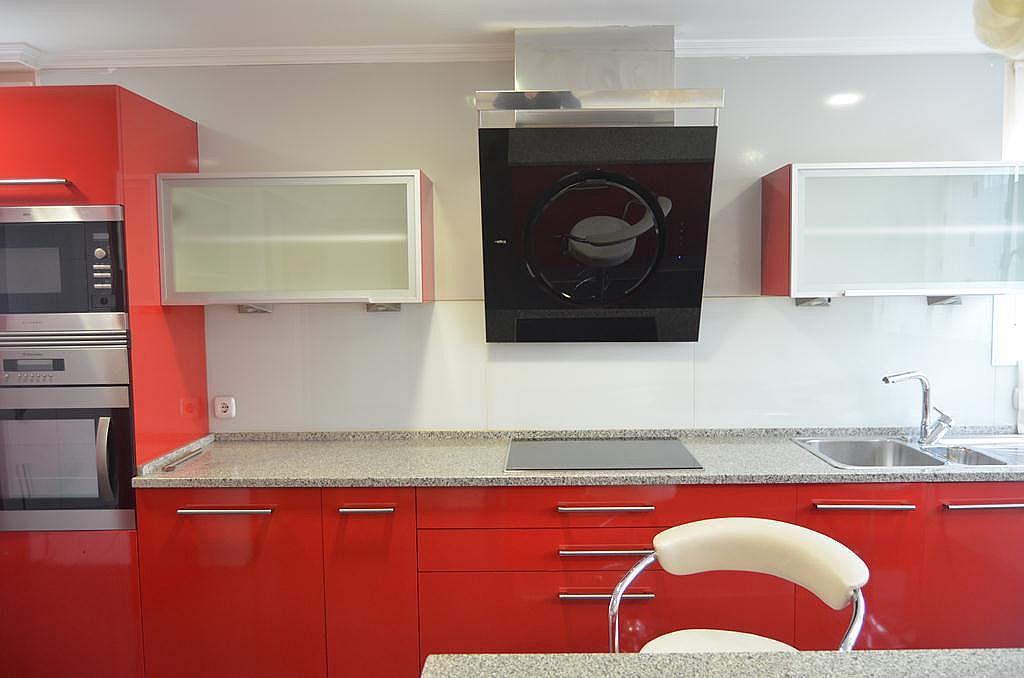 Cocina - Casa en alquiler en calle Aldabarren, Gorraiz - 253537568