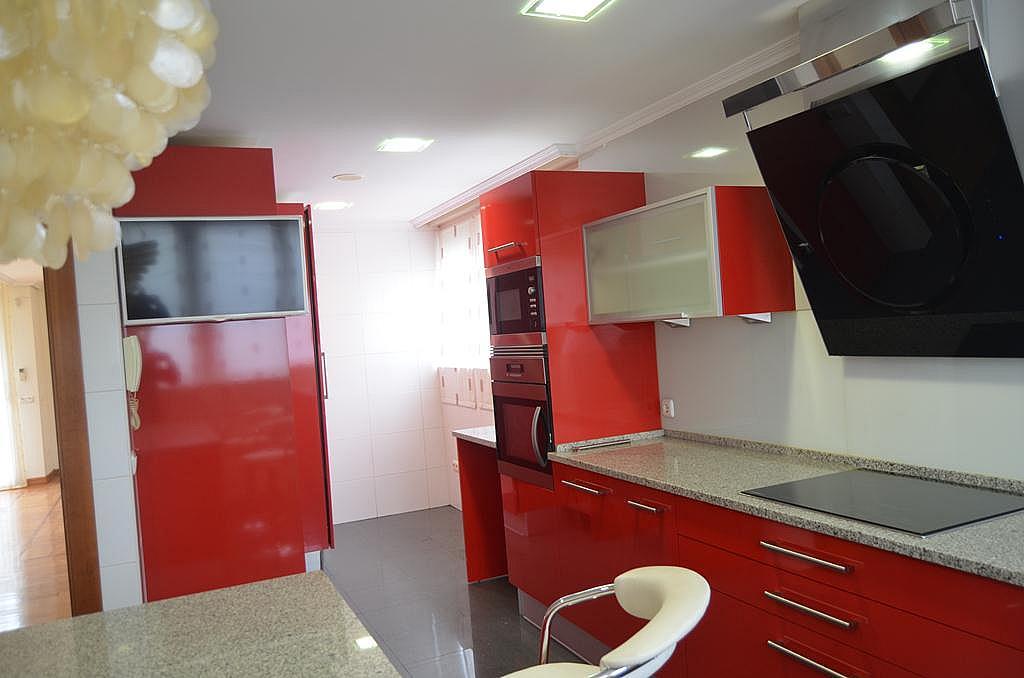 Cocina - Casa en alquiler en calle Aldabarren, Gorraiz - 253537570