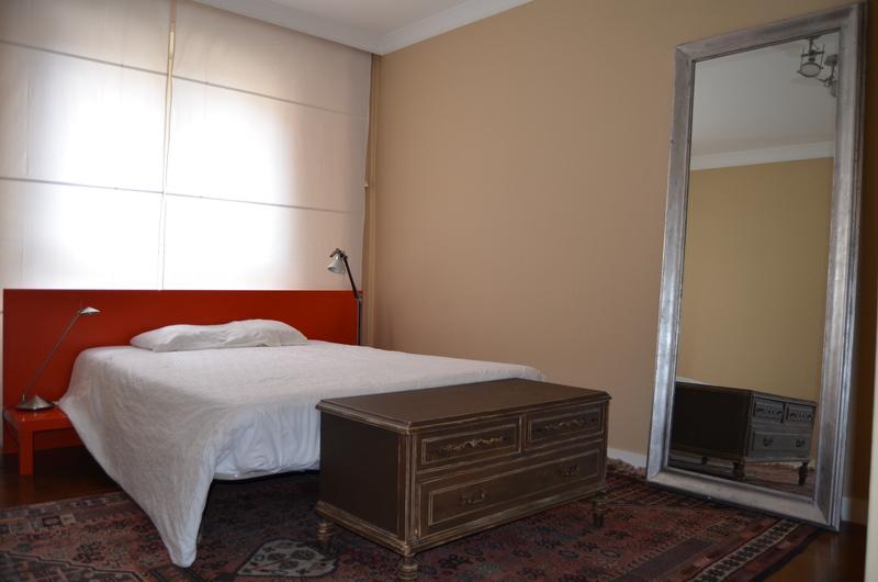 Piso en alquiler en calle Obispo Irurita, San Juan en Pamplona/Iruña - 120159589