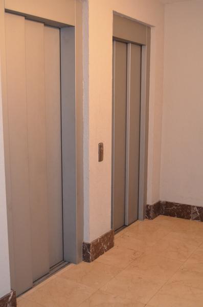 Piso en alquiler en calle Obispo Irurita, San Juan en Pamplona/Iruña - 120159623