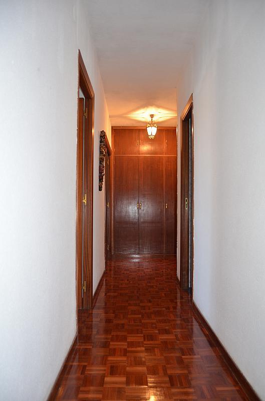 Pasillo - Piso en alquiler en calle San Juan Bosco, Iturrama en Pamplona/Iruña - 123703884
