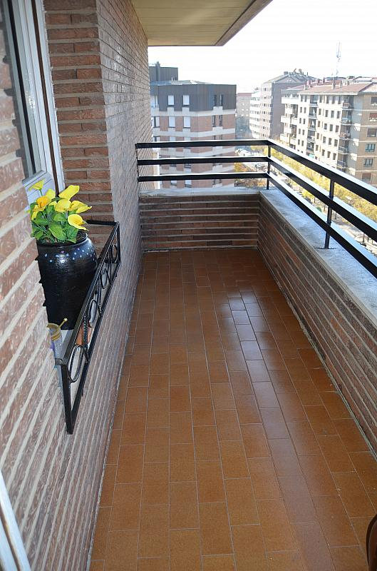 Terraza - Piso en alquiler en calle San Juan Bosco, Iturrama en Pamplona/Iruña - 123703886